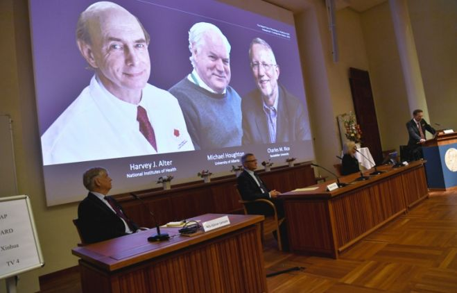 Harvey J. Alter, Michael Houghton y Charles M. Rice, Nobel de Medicina 2020 por el descubrimiento del virus de la hepatitis C